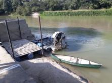 Onze boot voor de tocht over de rivier